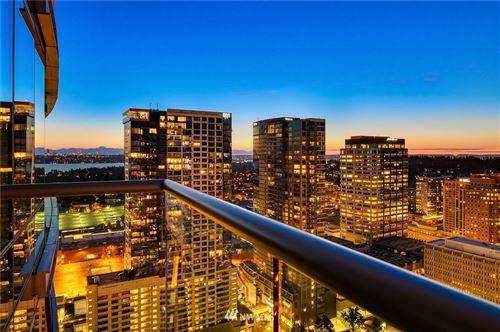 Photo of 500 106th Avenue NE #3805, Bellevue, WA 98004 (MLS # 1715121)