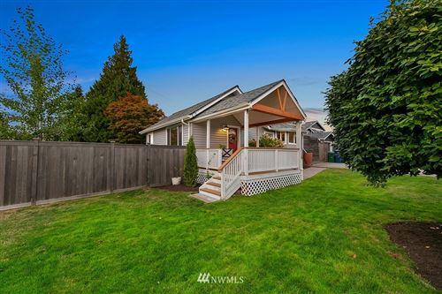 Photo of 2526 SW 106th Street, Seattle, WA 98146 (MLS # 1836122)