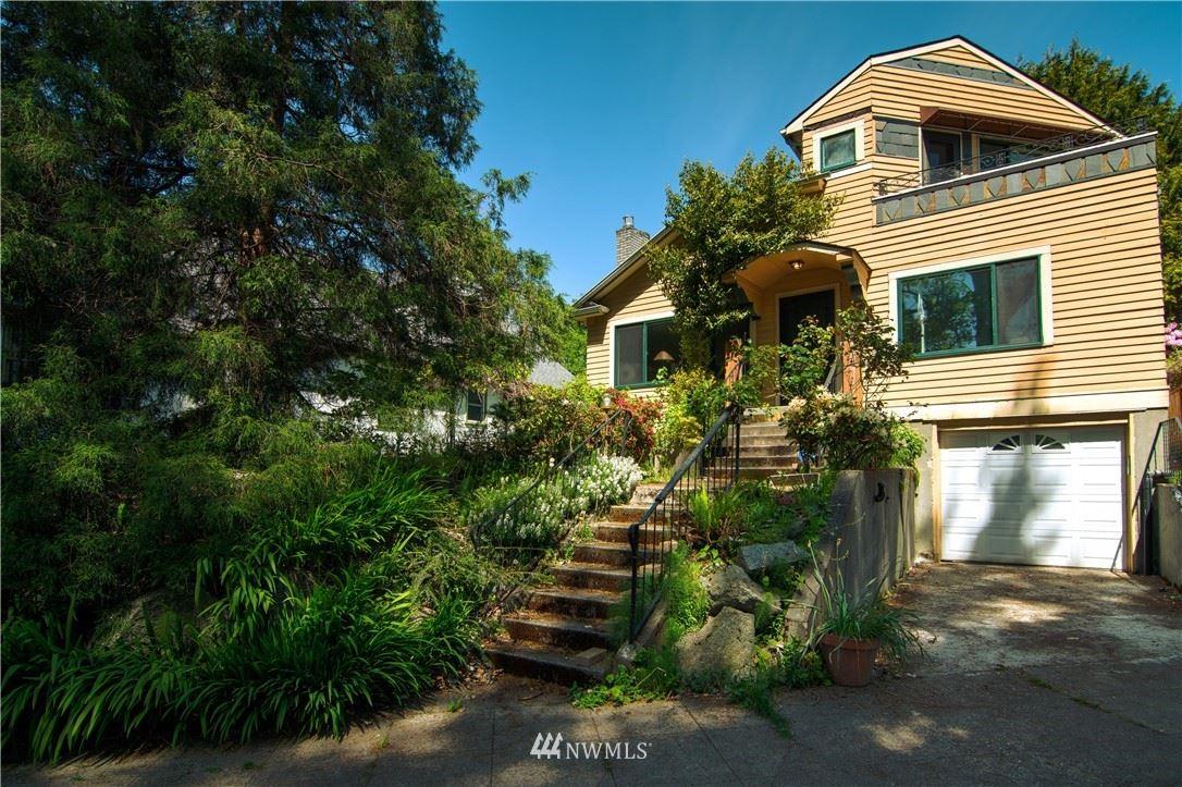 Photo of 3310 S Mount Baker Blvd, Seattle, WA 98144 (MLS # 1779122)