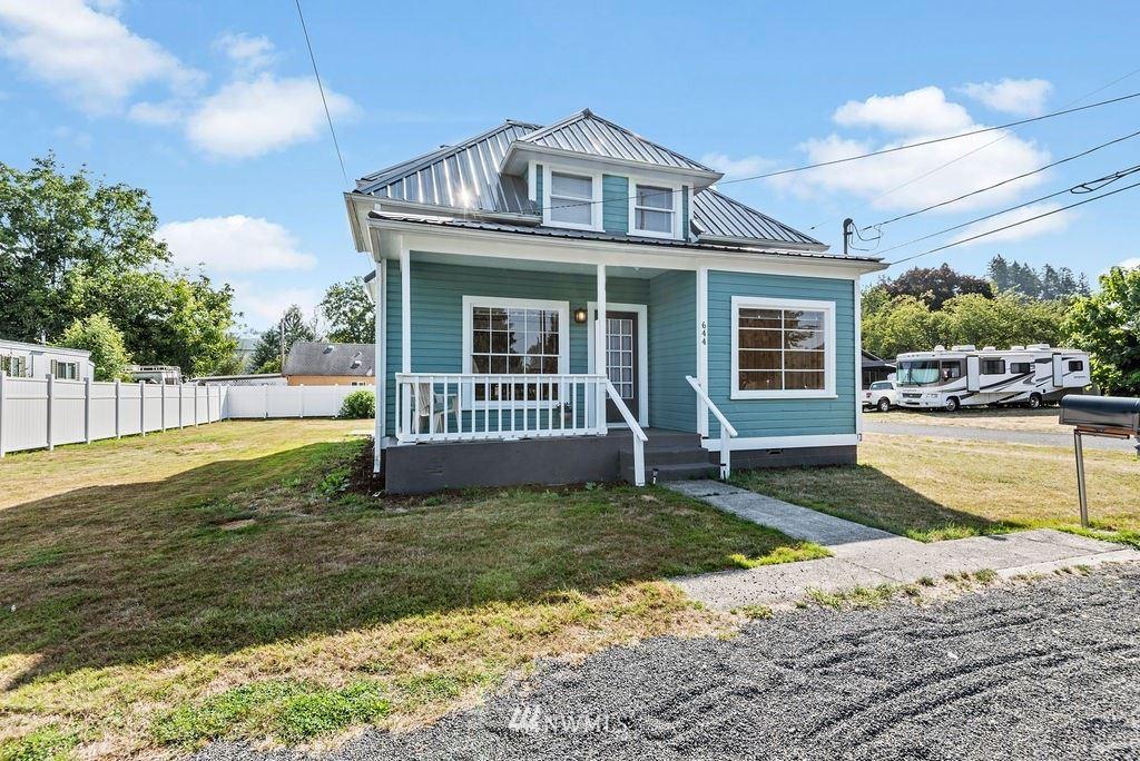 644 SW 3rd Avenue, Castle Rock, WA 98611 - MLS#: 1829127