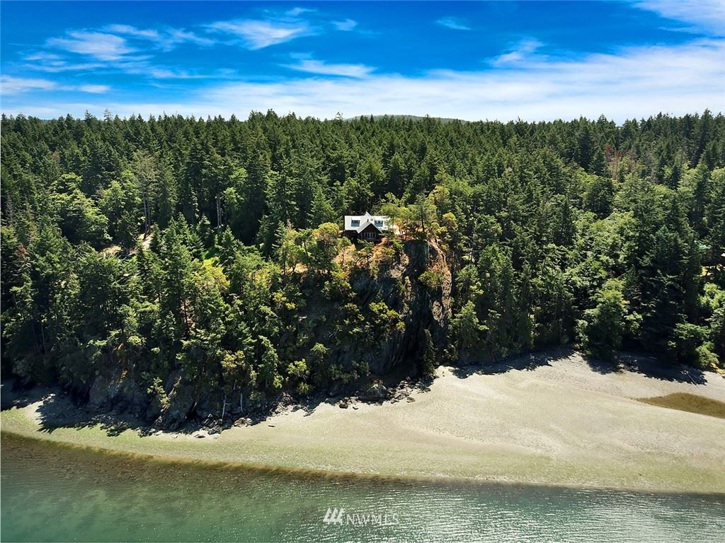 Photo of 210 Northstar Road, Lopez Island, WA 98261 (MLS # 1842127)