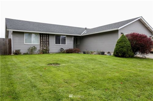 Photo of 903 SE 5th Avenue, Battle Ground, WA 98604 (MLS # 1683131)