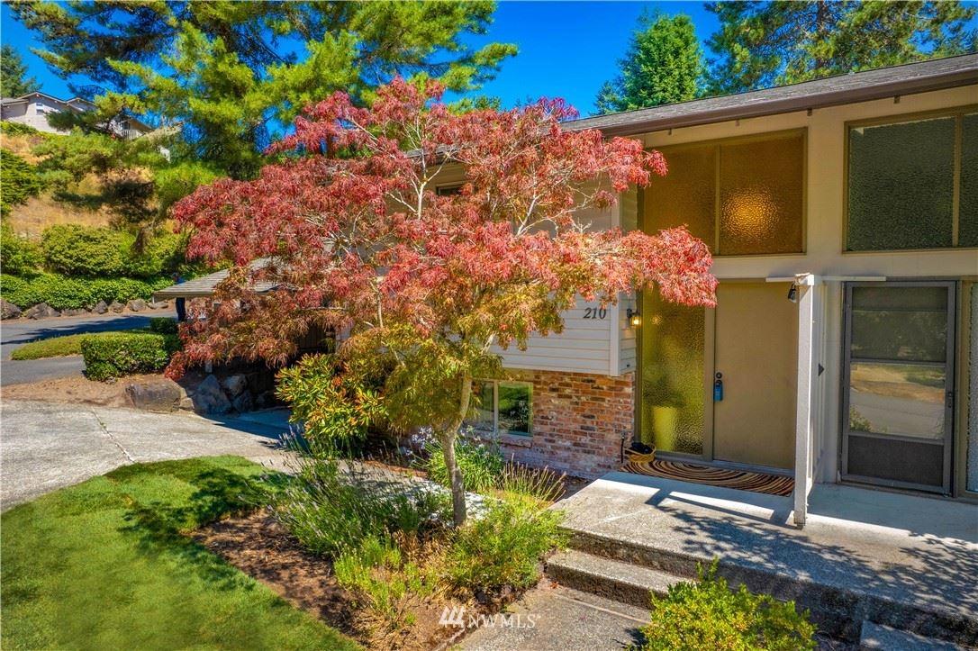 210 168th Avenue NE, Bellevue, WA 98008 - #: 1816131