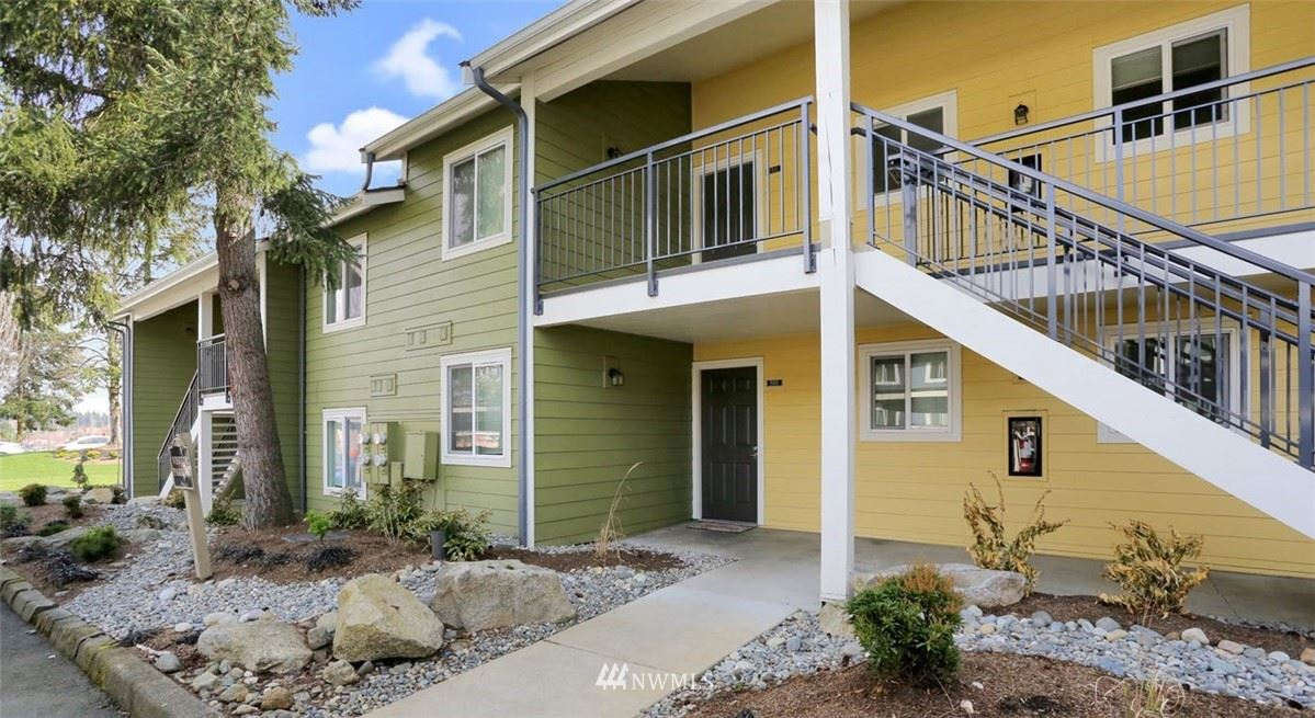 Photo of 12625 SE 41st Place #F103, Bellevue, WA 98006 (MLS # 1753133)