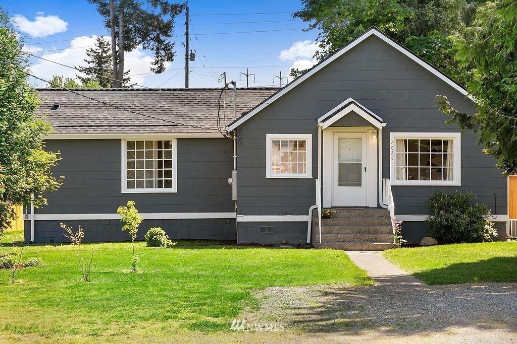 Photo of 7025 S 116th Street, Seattle, WA 98178 (MLS # 1776133)