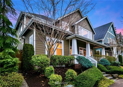 Photo of 2039 NE Newton Lane, Issaquah, WA 98029 (MLS # 1720134)