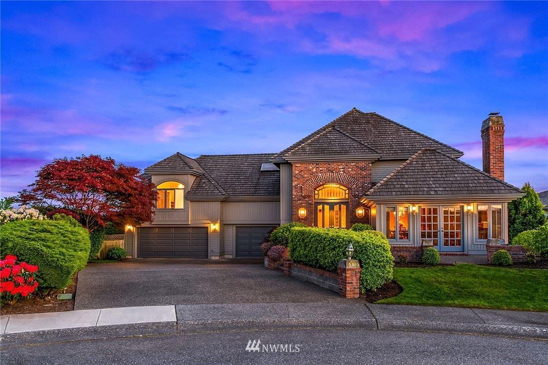 Photo of 15405 SE 54th Court, Bellevue, WA 98006 (MLS # 1783135)
