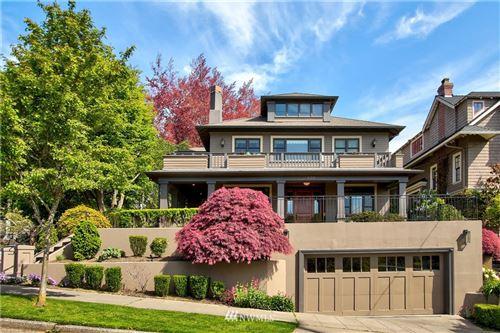 Photo of 400 Galer Street, Seattle, WA 98109 (MLS # 1687136)