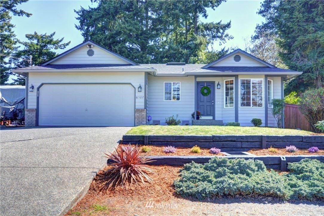 Photo of 6527 Gateway Terrace, Everett, WA 98203 (MLS # 1758136)