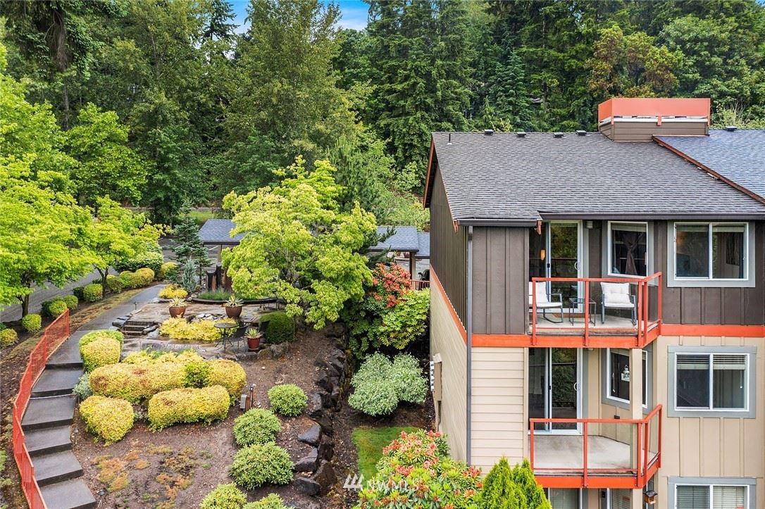 Photo of 11058 NE 33rd Place #D-12, Bellevue, WA 98005 (MLS # 1793136)