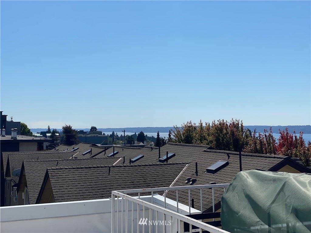 Photo of 4422 44th Avenue SW #301, Seattle, WA 98116 (MLS # 1834136)