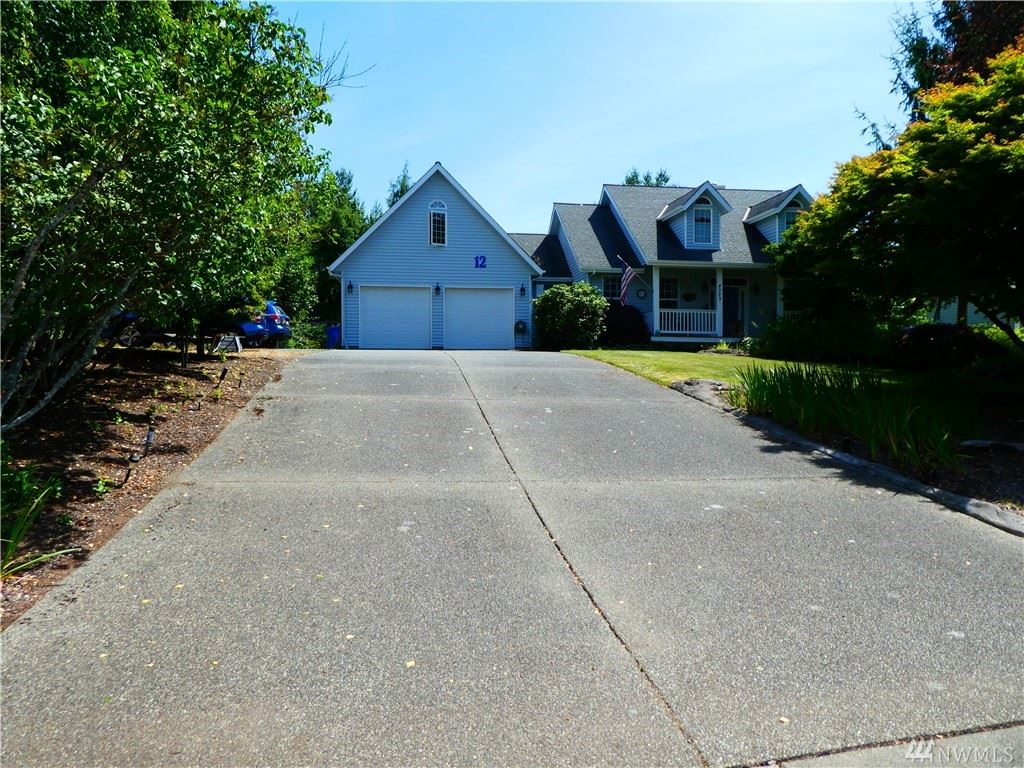 Photo of 4027 NE Blossom Drive, Tacoma, WA 98422 (MLS # 1633138)