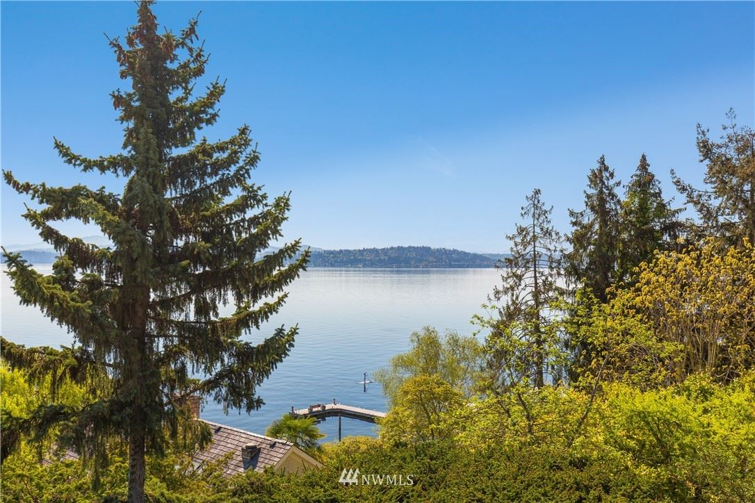 Photo of 1706 Howell Place, Seattle, WA 98122 (MLS # 1760139)