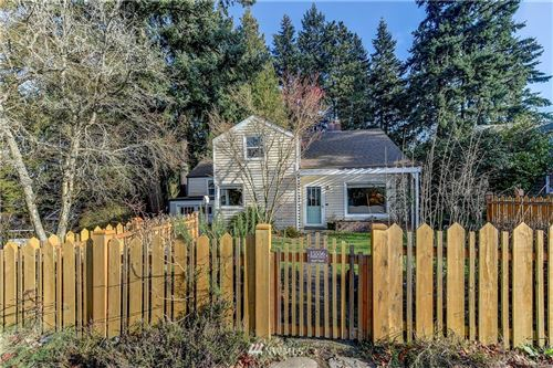 Photo of 15556 Stone Avenue N, Shoreline, WA 98133 (MLS # 1714140)