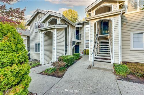 Photo of 2300 Jefferson Avenue NE #E-221, Renton, WA 98056 (MLS # 1843142)