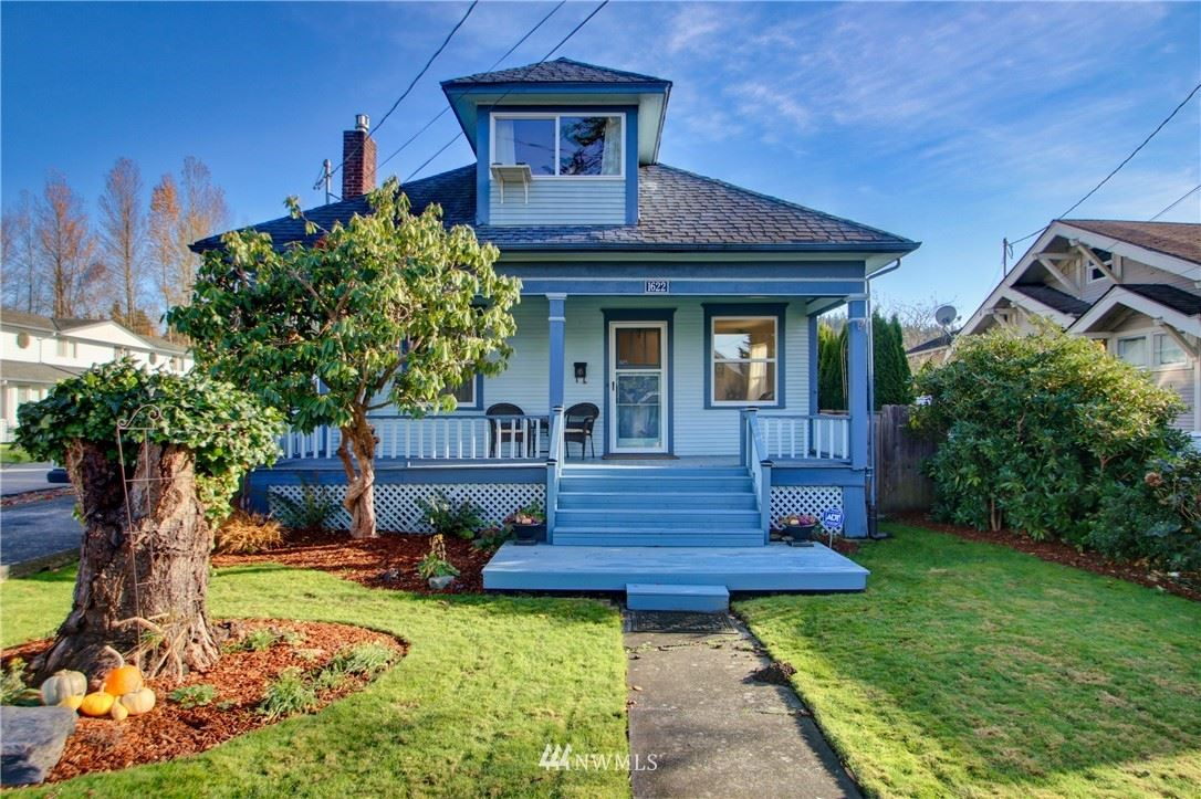 Photo of 1622 S 3rd Street, Mount Vernon, WA 98273 (MLS # 1692144)