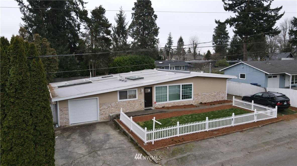 Photo of 1901 S 259th Street, Des Moines, WA 98198 (MLS # 1730144)