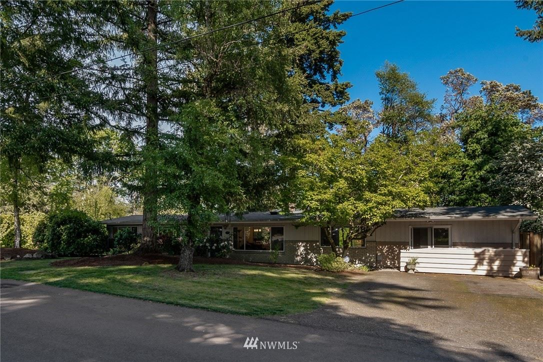Photo of 20002 3rd Avenue SW, Normandy Park, WA 98166 (MLS # 1775144)