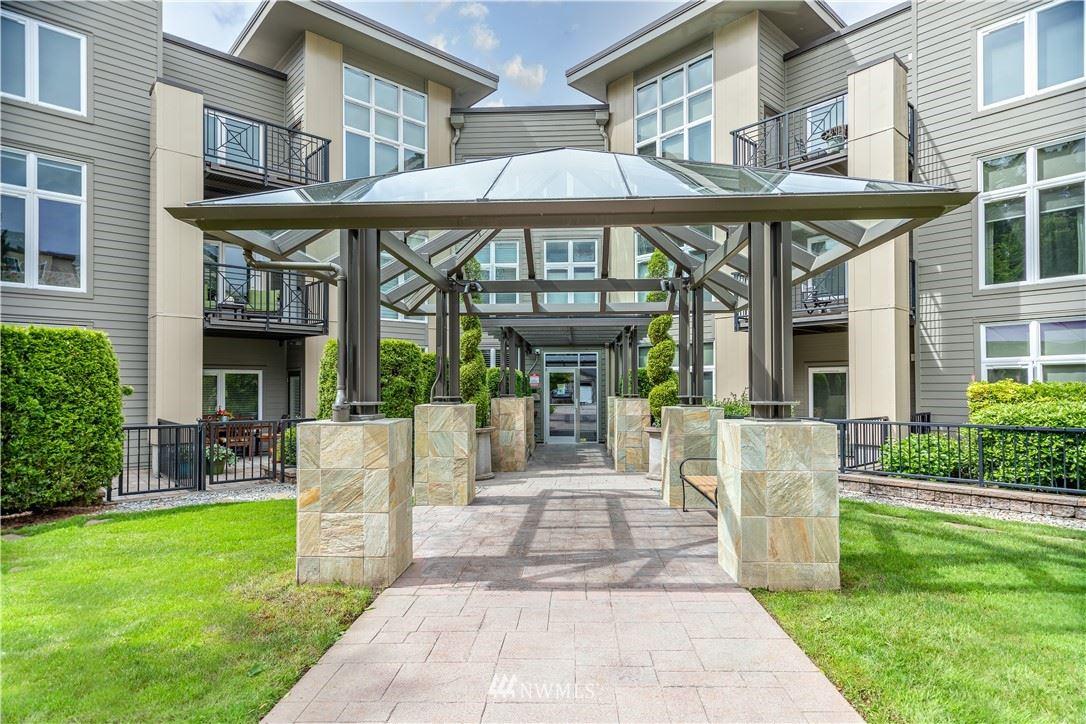 Photo of 150 102nd Avenue SE #304, Bellevue, WA 98004 (MLS # 1785146)