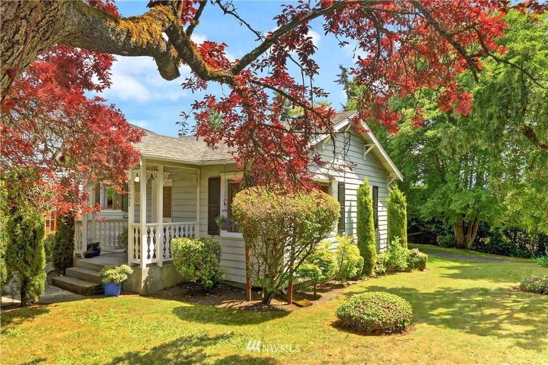 Photo of 3021 SW Thistle Street, Seattle, WA 98126 (MLS # 1787146)