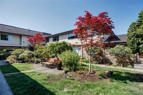 Photo of 328 Summit Avenue E #15, Seattle, WA 98102 (MLS # 1647147)