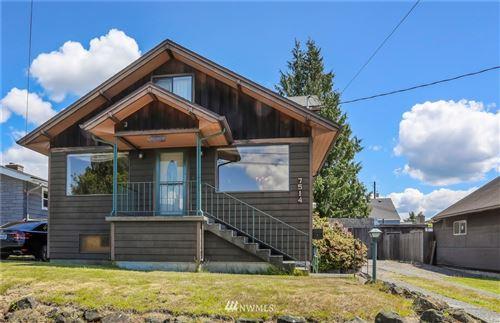 Photo of 7514 27th Avenue NW, Seattle, WA 98117 (MLS # 1791150)