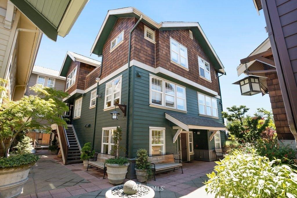 Photo of 5430 California Avenue SW #3A, Seattle, WA 98136 (MLS # 1780151)