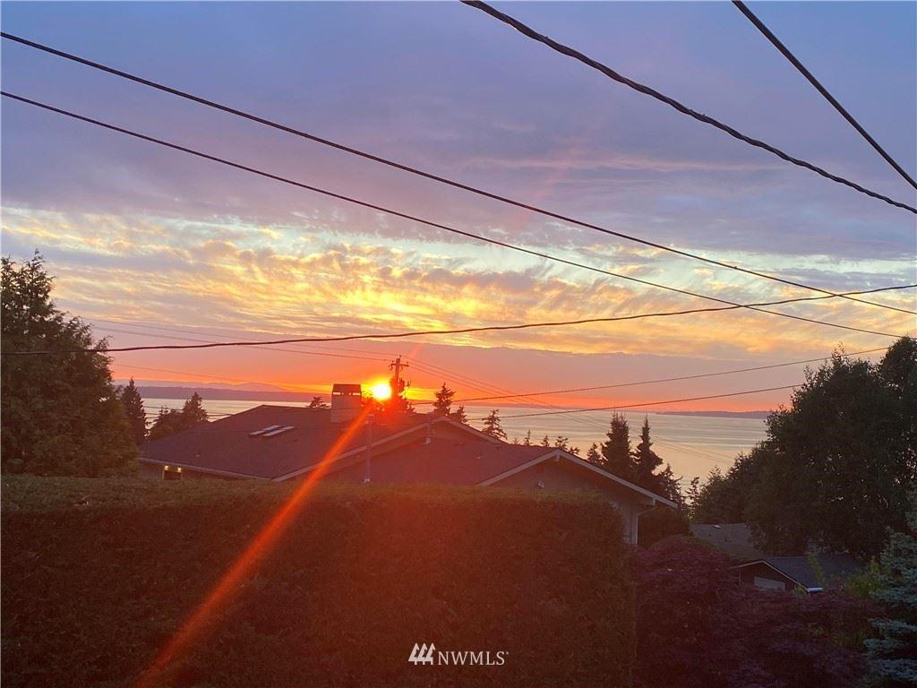 Photo of 8712 Olympic View Drive, Edmonds, WA 98026 (MLS # 1783151)