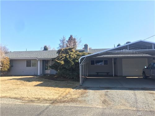 Photo of 631 N Jennifer Lane, East Wenatchee, WA 98802 (MLS # 1558152)