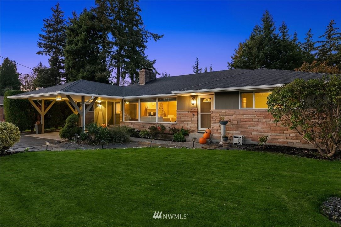 Photo of 8427 Holly Lane, Edmonds, WA 98026 (MLS # 1683152)