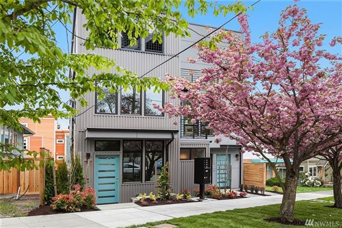 Photo of 2413 B N 75th St, Seattle, WA 98103 (MLS # 1596153)