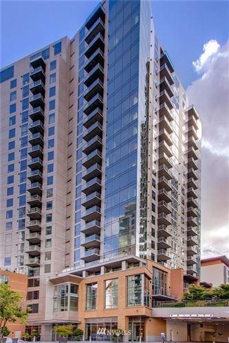 Photo of 10650 NE 9th Place #2220, Bellevue, WA 98004 (MLS # 1639153)