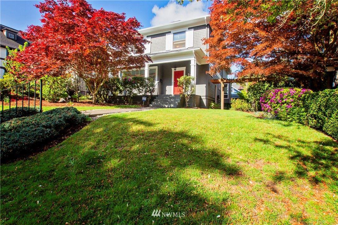 Photo of 5517 17th Avenue NE, Seattle, WA 98105 (MLS # 1769153)