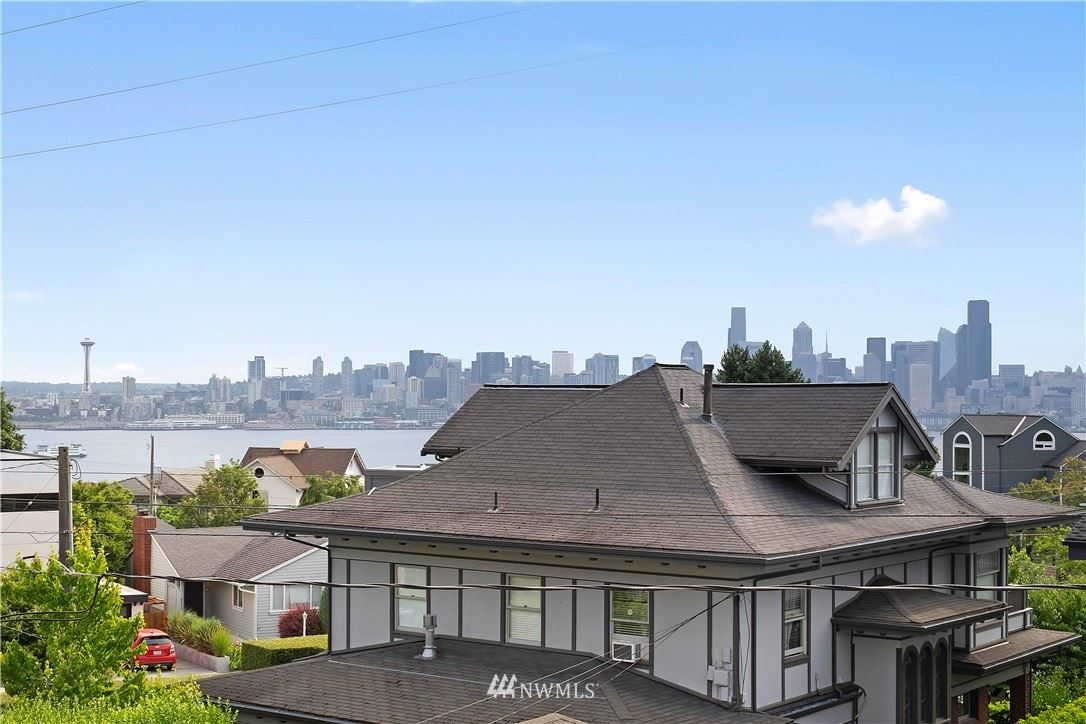 1512 California Avenue SW #302, Seattle, WA 98116 - #: 1801153