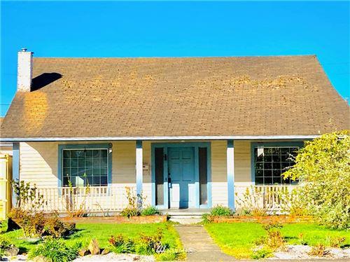 Photo of 221 Harrison Avenue, Centralia, WA 98531 (MLS # 1758154)
