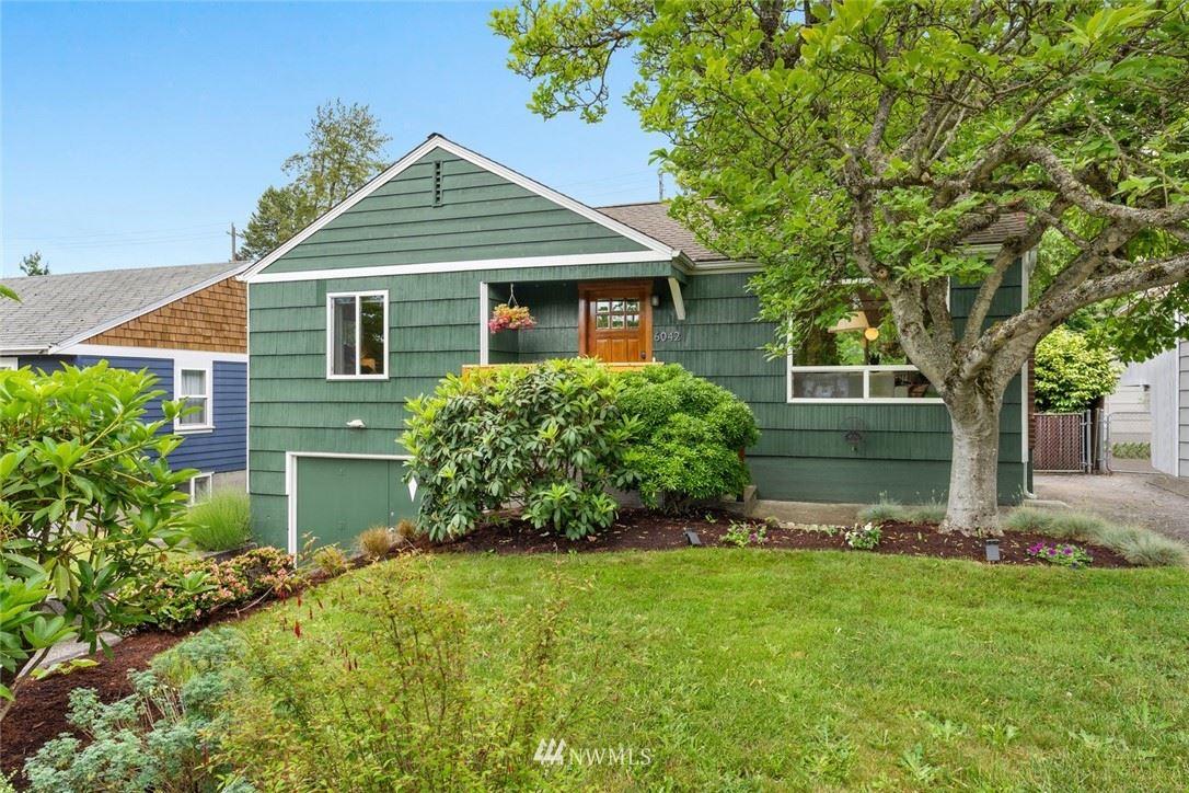 Photo of 6042 37th Avenue SW, Seattle, WA 98126 (MLS # 1788154)