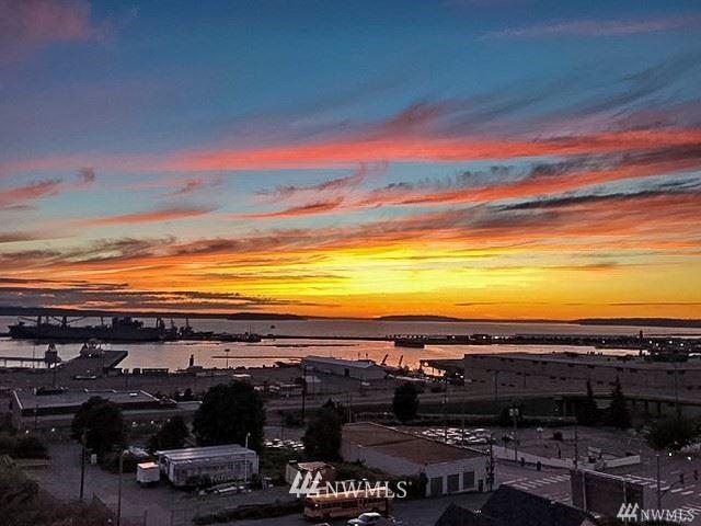 Photo of 2818 Grand Avenue #B609, Everett, WA 98201 (MLS # 1764155)