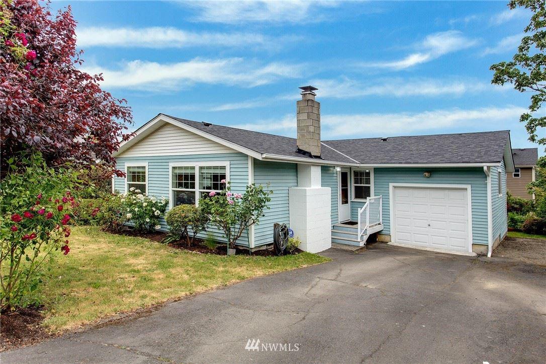 Photo of 5318 21st Avenue SW, Seattle, WA 98106 (MLS # 1787155)