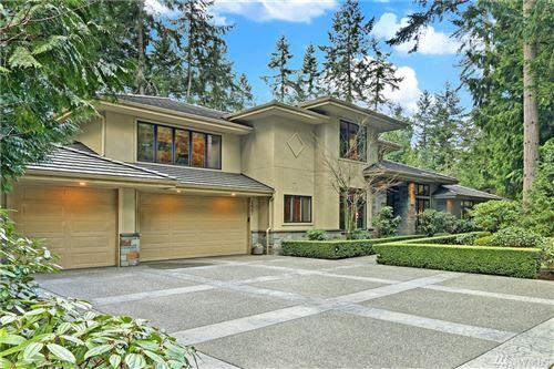 Photo of 12701 NE 39th St, Bellevue, WA 98005 (MLS # 1641156)
