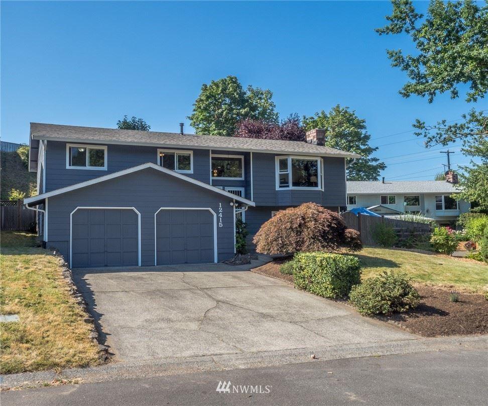 Photo of 12415 NE 134th Place, Kirkland, WA 98034 (MLS # 1649163)