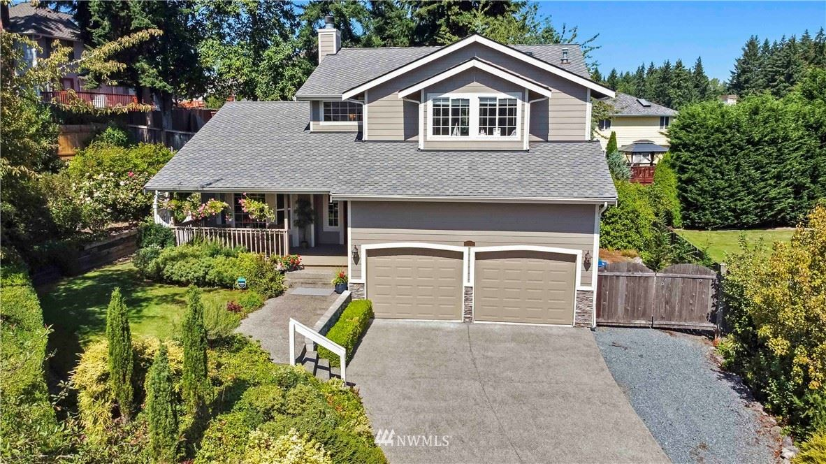 Photo of 2114 S 373rd Court, Federal Way, WA 98003 (MLS # 1653163)