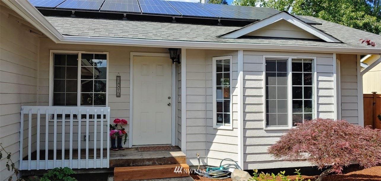 Photo of 11510 SE 305th Place, Auburn, WA 98092 (MLS # 1782163)