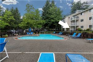 Photo of 19230 Forest Park Rd NE #L140, Lake Forest Park, WA 98155 (MLS # 1485164)