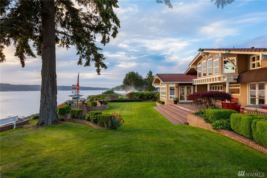 Photo of 5570 Lighthouse Dr E, Port Orchard, WA 98366 (MLS # 1609165)