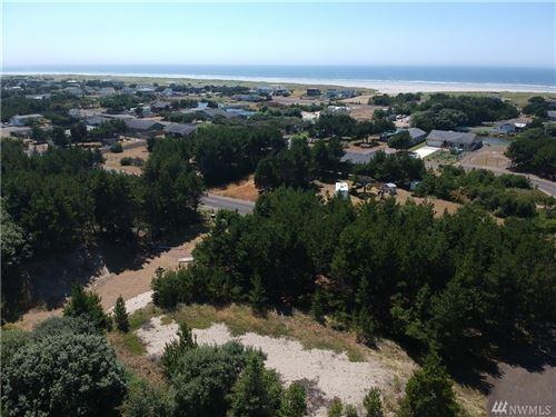 Photo of 808 352nd, Ocean Park, WA 98640 (MLS # 1638169)