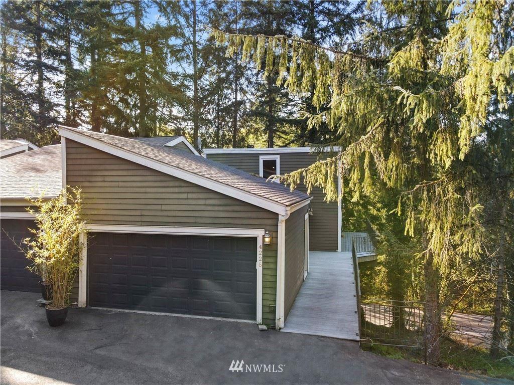 Photo of 4225 155th Place SE, Bellevue, WA 98006 (MLS # 1758172)