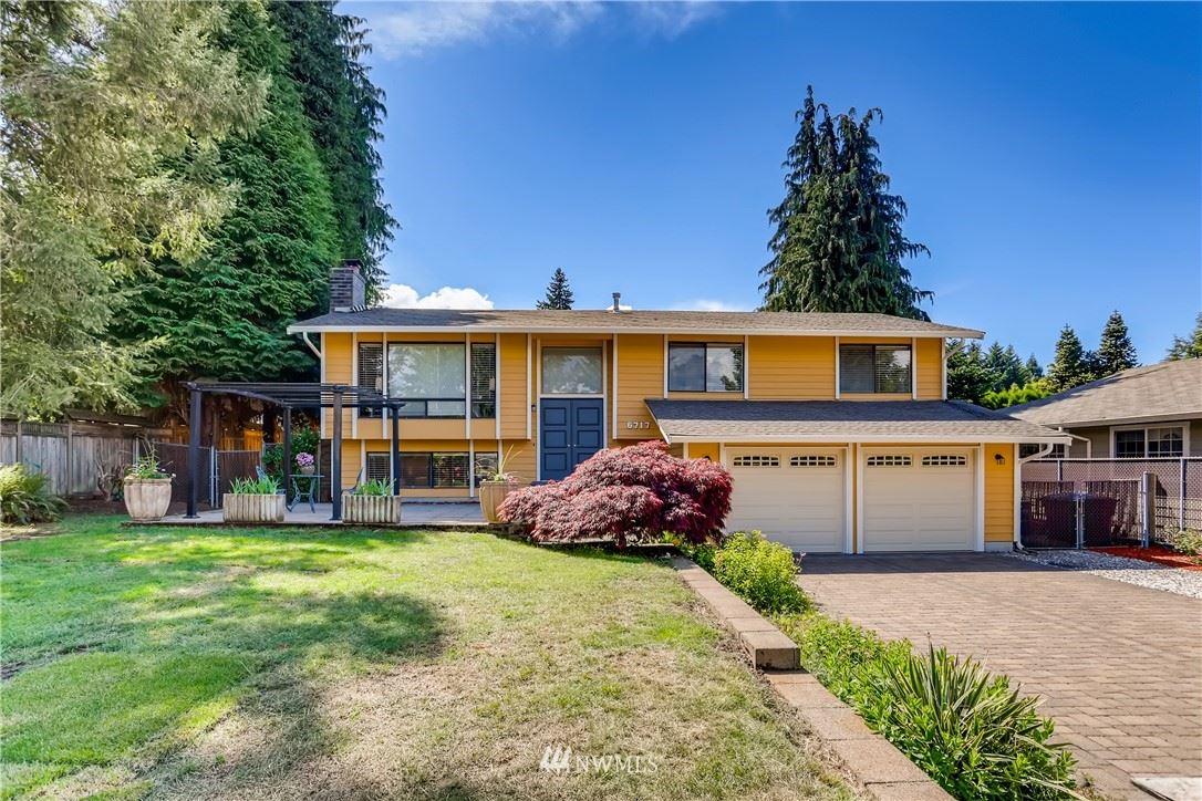 Photo of 6717 127th Place SE, Bellevue, WA 98006 (MLS # 1778172)