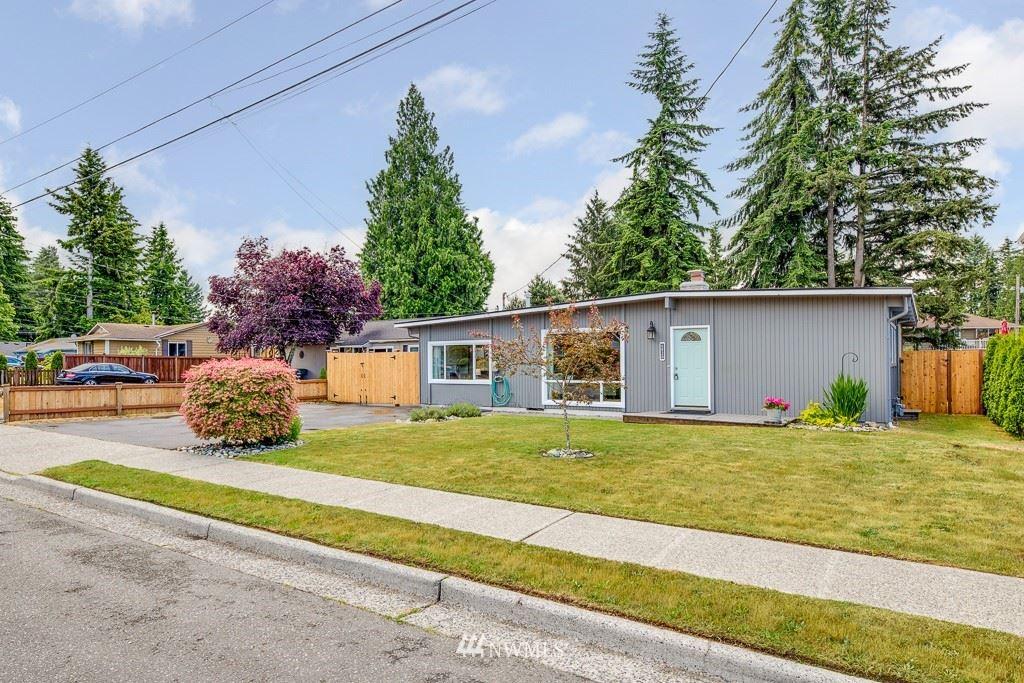 Photo of 6820 188th Place SW, Lynnwood, WA 98036 (MLS # 1789172)