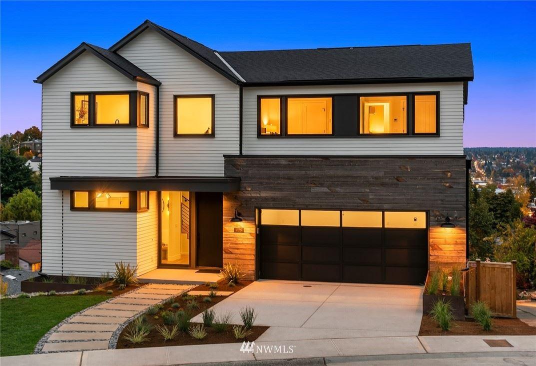 728 W Etruria Street, Seattle, WA 98119 - MLS#: 1854173