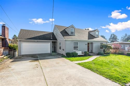 Photo of 304 N 9th Ave, Kelso, WA 98626 (MLS # 1567176)